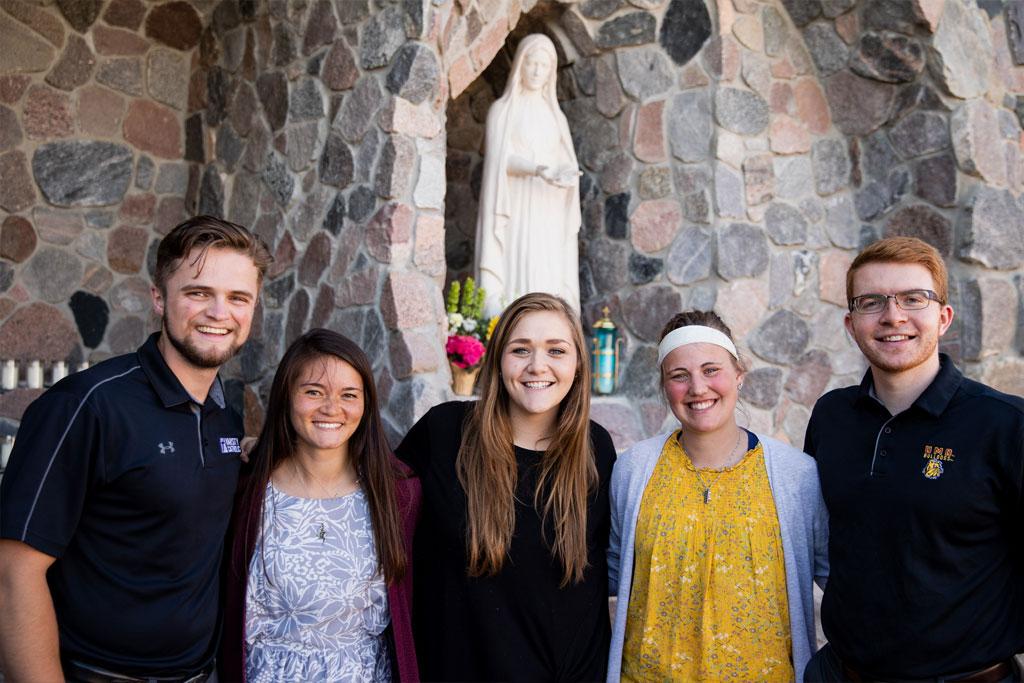 2019-2020-bulldog-catholic-focus-missionaries